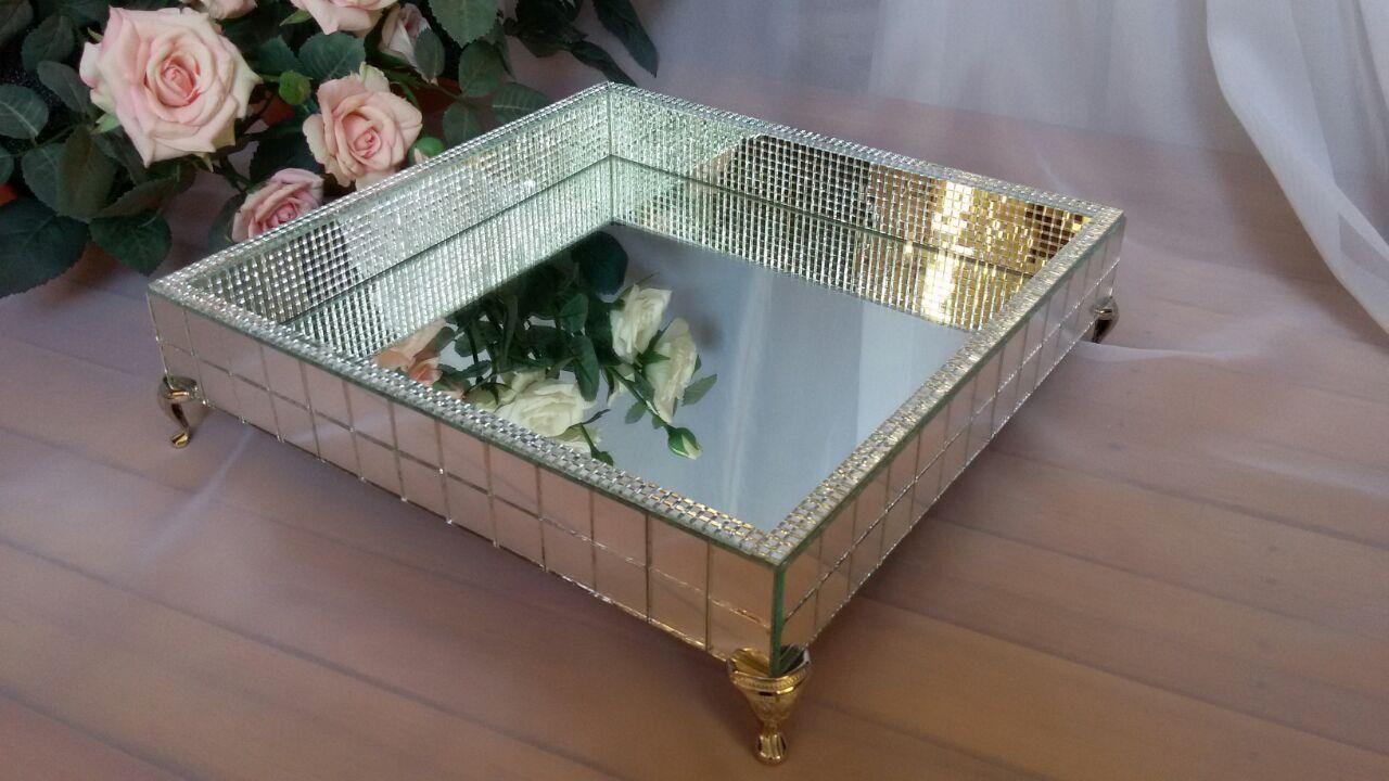 Mesa de cristal - 2 7